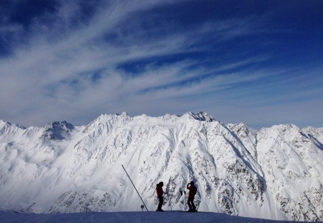 Двое в Альпах.