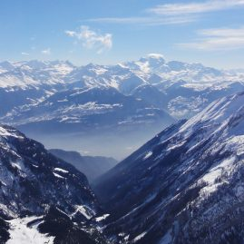 Швейцарские Альпы — на горной вершине