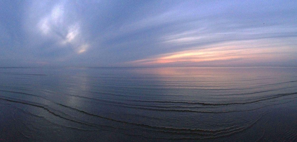 Морской пейзаж. Закат в Юрмале. Май.