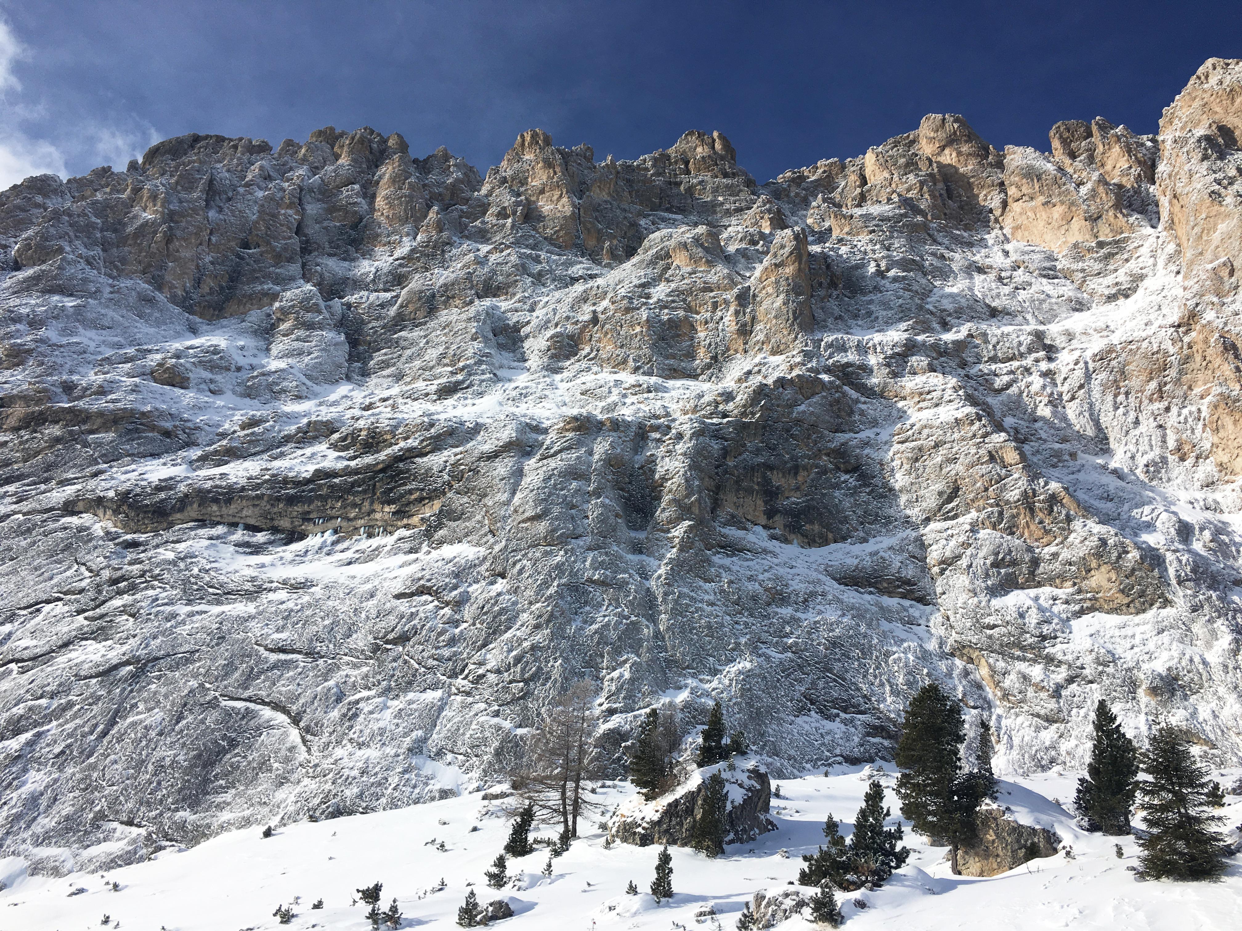 Гора Сассолунго Sassolungo Доломитовые Альпы пейзажи природы Альберт Сафиуллин