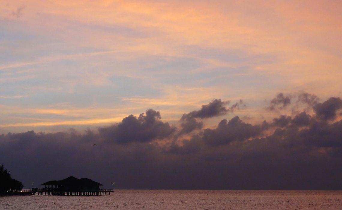 Закат в Индийском океане.