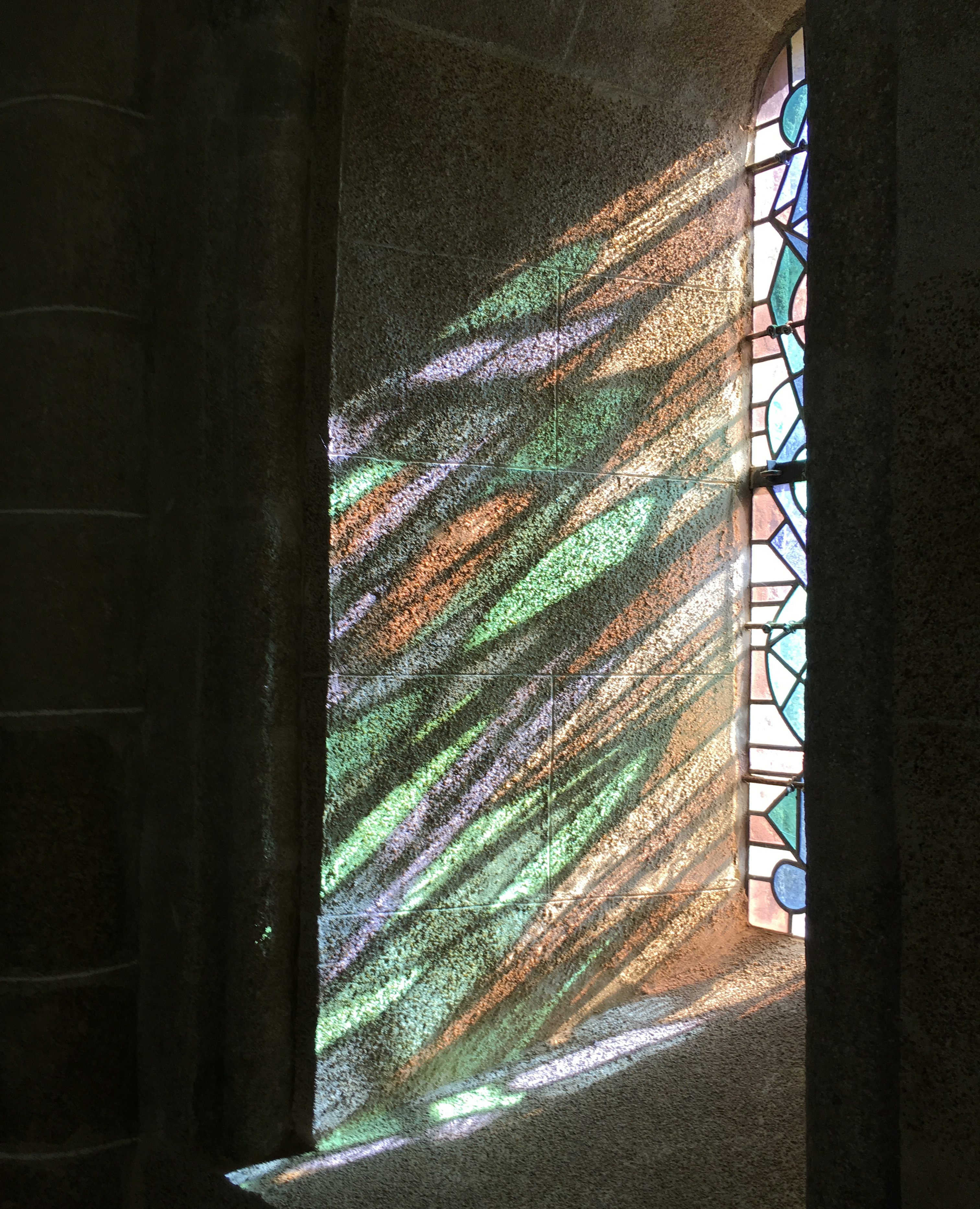Солнечные витражи церковь Ланьон Бретань Eglise de Brélévenez de Lannion цвета и краски природы Альберт Сафиуллин