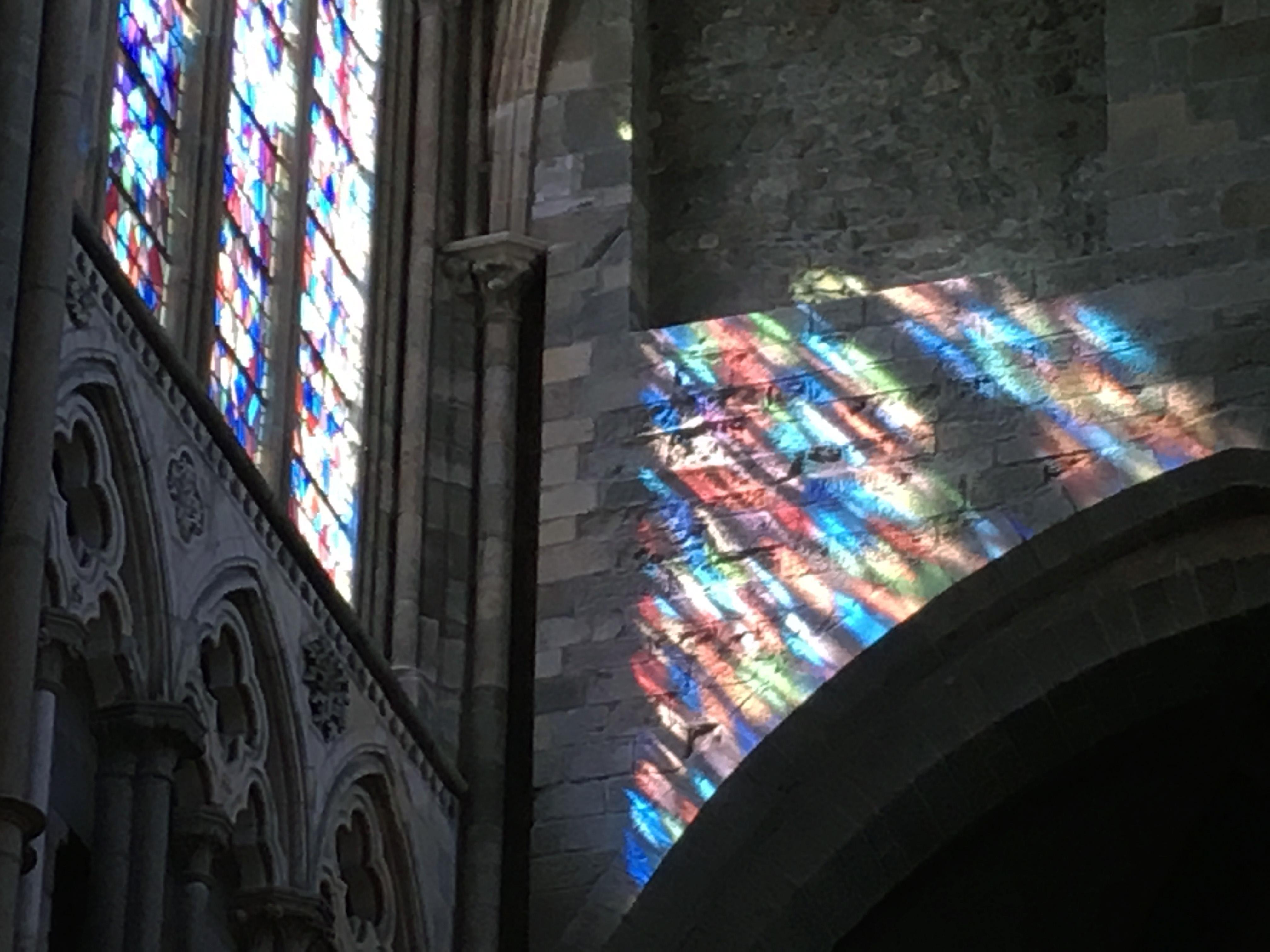 Солнечные витражи собор Сен-Мало Бретань Saint-Malo Cathedral цвета и краски природы Альберт Сафиуллин