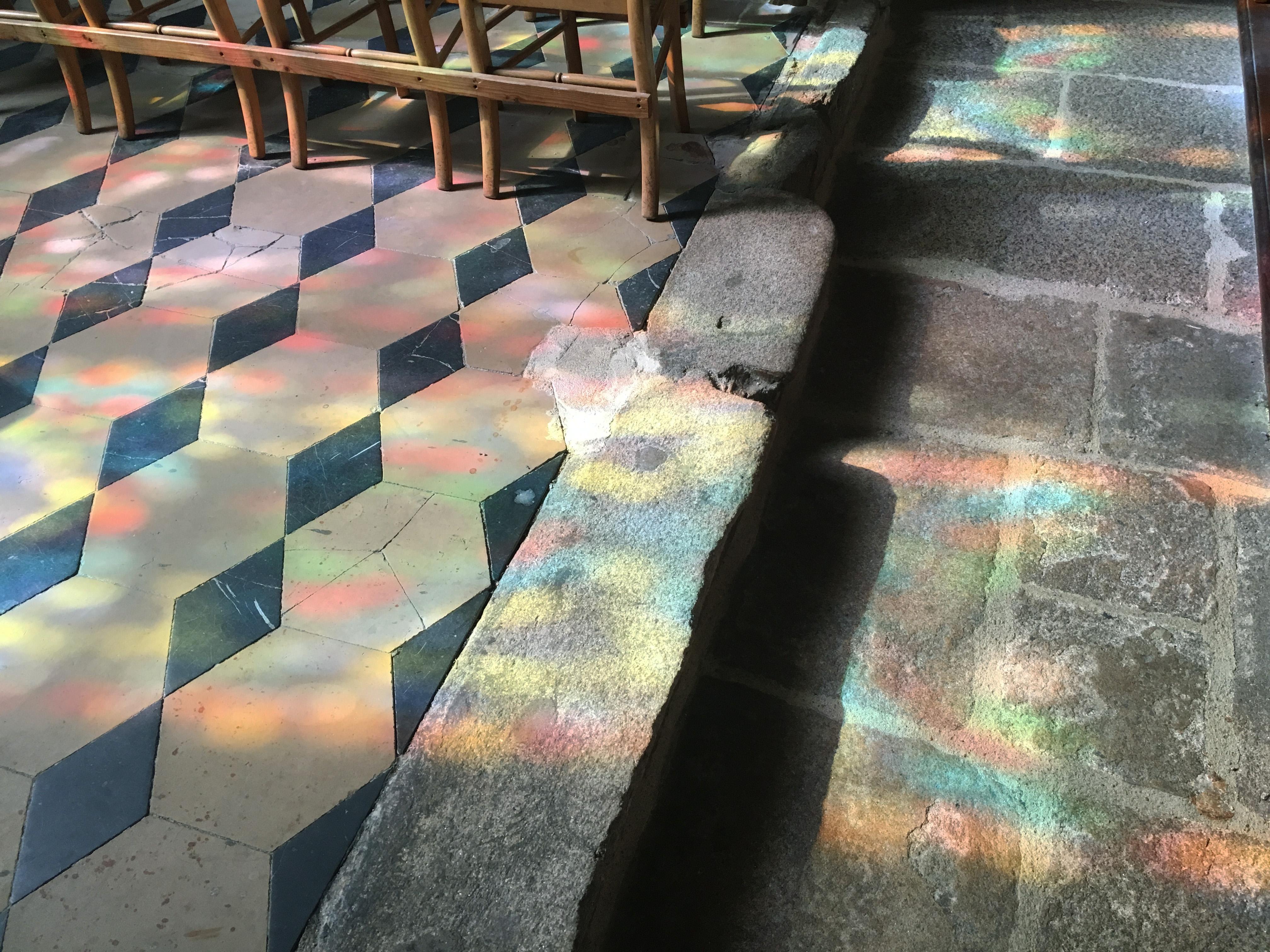 Солнечные витражи собор Ван Бретань Cathédrale Saint-Pierre de Vannes цвета и краски природы Альберт Сафиуллин
