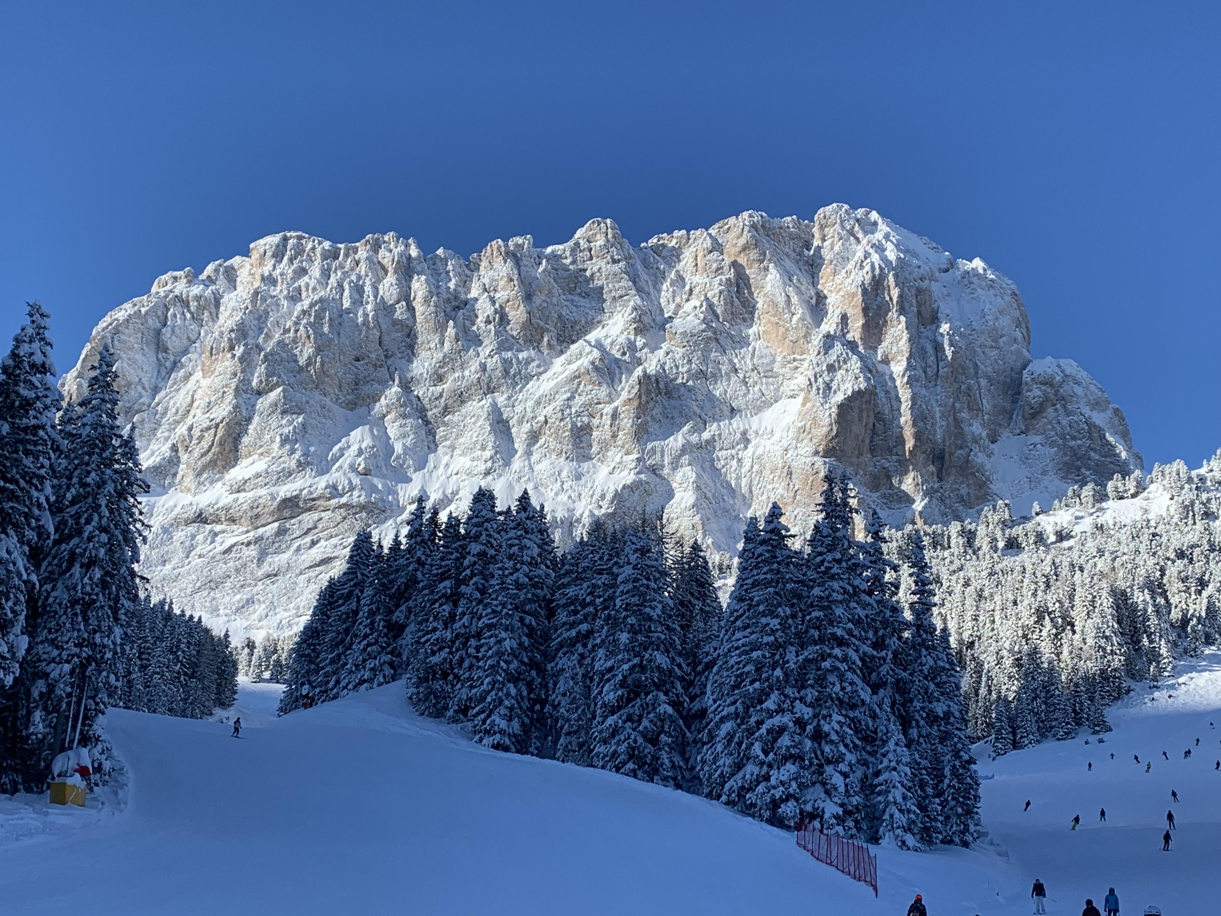 Горы пейзаж Вальгардена Доломиты Альпы лыжи Сассо Лунго Альберт Сафиуллин